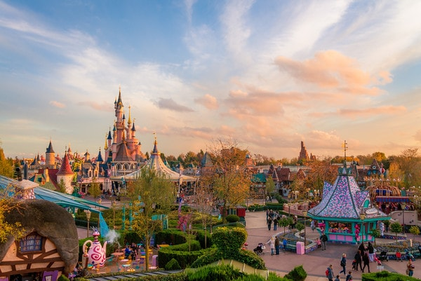 disneyland paris fantasyland sunset wide M
